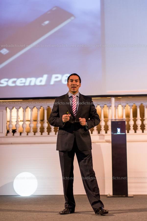 gerente de ventas de terminales de Huawei del Perú, Erick Jesus Guillergua