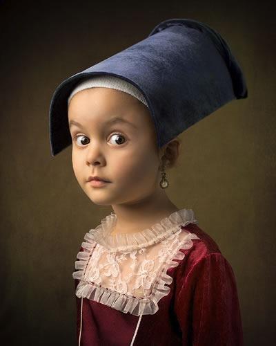 fotografo-retrata-a-su-hija-al-estilo-de-las-pinturas-clasicas-2