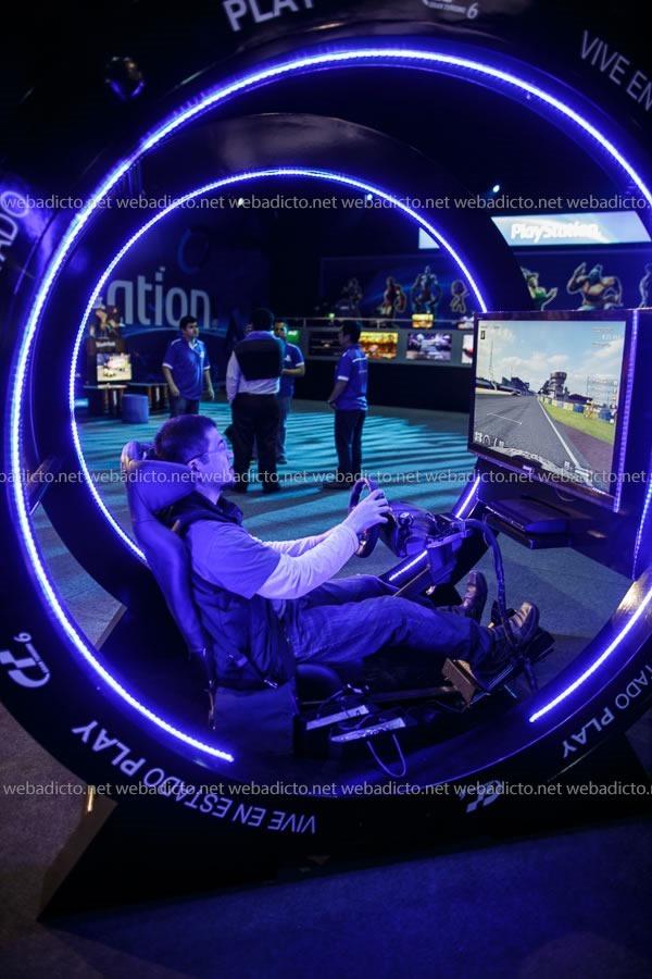 lanzamiento playstation 4 peru-9710