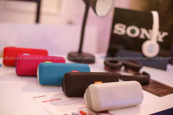 parlantes portátiles Sony SRS-BTS50