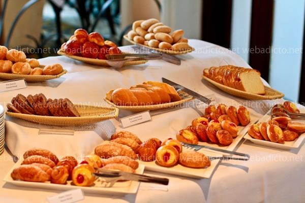 perroquet-buffet-desayuno-9