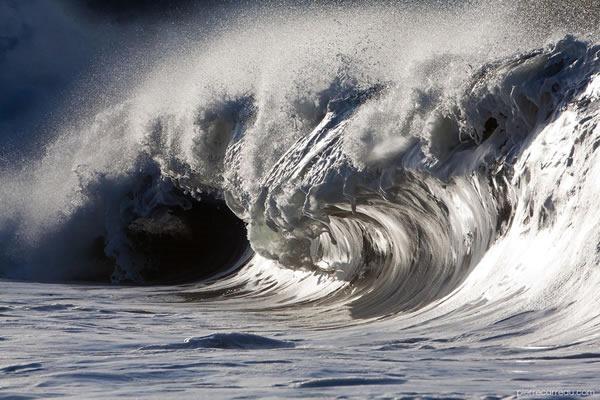 pierre-carreau-impresionantes-fotos-de-olas-02