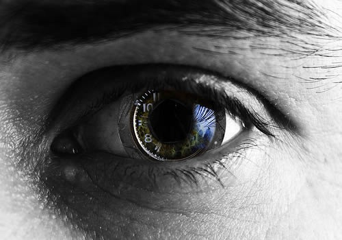 by SnaPsi ??????? problema-de-vision-ojo-bionico