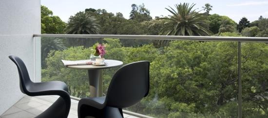 quay-grand-suites-hotel-02