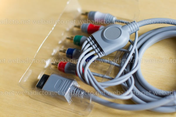 review-cable-componente-audio-video-wii-5