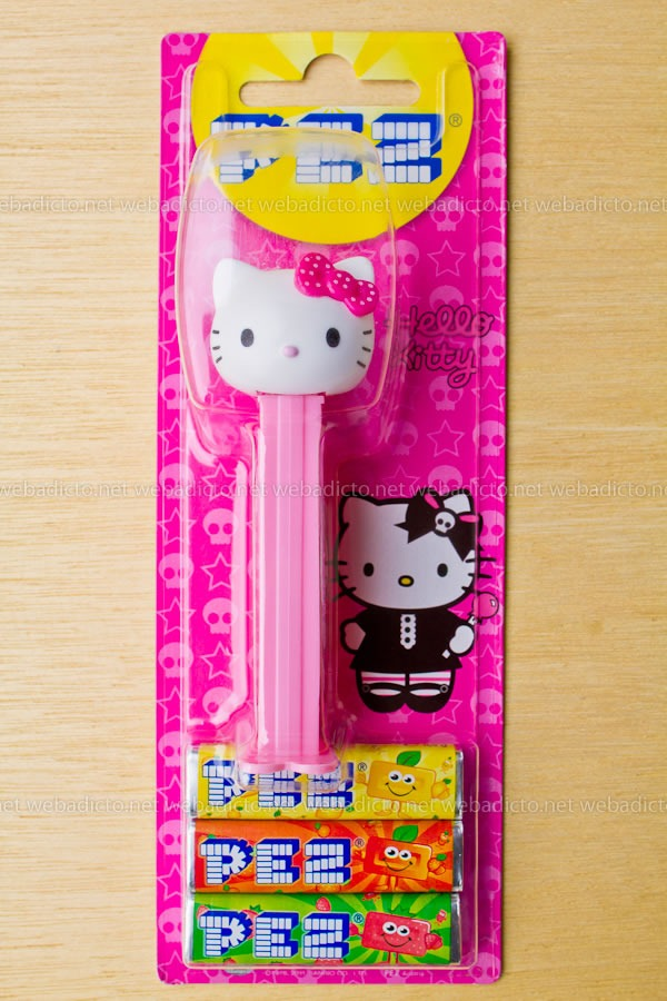 review-pez-buzz-ligthyear-and-hello-kitty-3