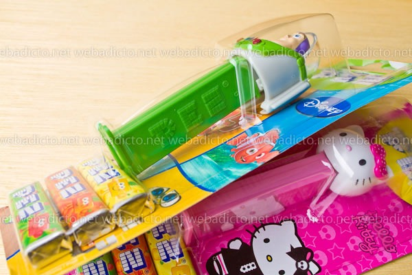 review-pez-buzz-ligthyear-and-hello-kitty-6