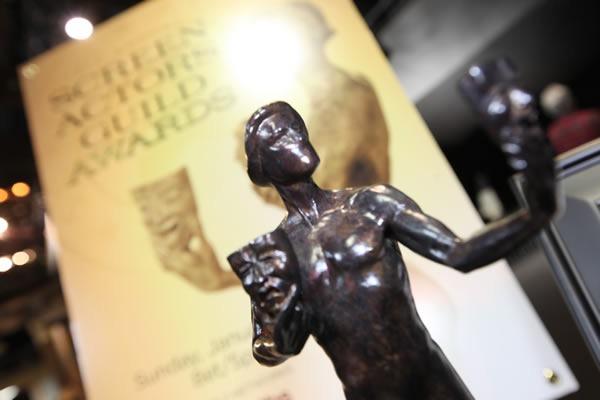 sag-award-2012-estatuilla