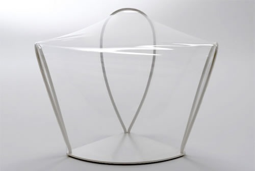 silla-transparente-minimalista-2