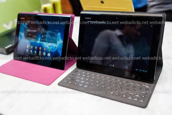 funda con teclado incorporado modelo SGPSK1 para la Xperia Tablet S
