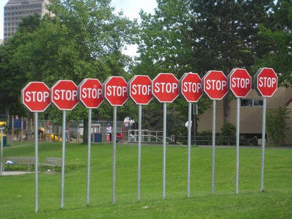stop-letrero